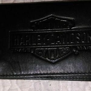 Harley-Davidson Accessories - - -HARLEY DAVIDSON leather, billfold/wallet